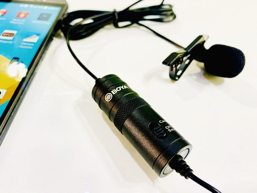 Micrófono Boya BY-M1  lo que trae en la caja